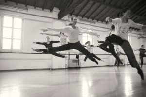 Photo of ballet dancers by Teo Ladodicivideo from Flickr